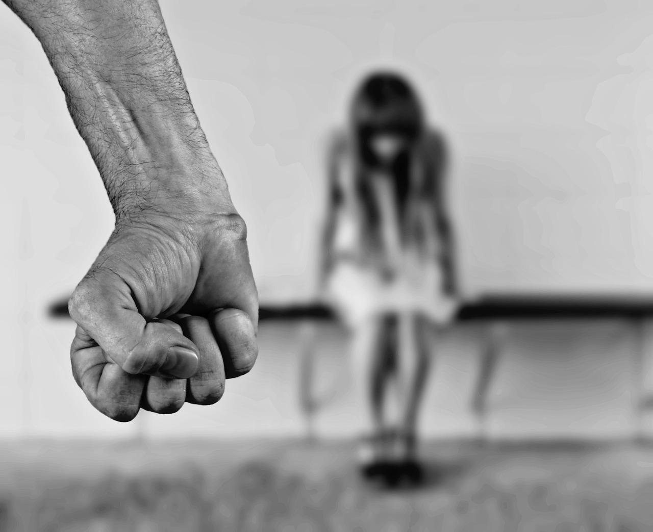 В парламенте Казахстана предложили ужесточить наказание за изнасилования