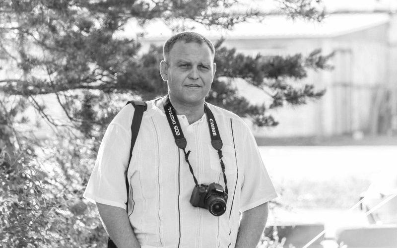 Известного журналиста из Рудного нашли мертвым в его квартире