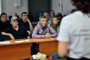 Омских таксистов готовят к форуму с участием Путина и Токаева
