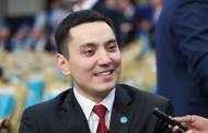 Сыгравший Назарбаева актер стал депутатом парламента Казахстана