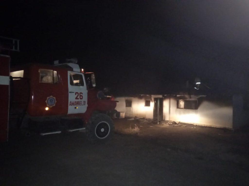 Жители зимовки пострадали при пожаре в Амангельдинском районе
