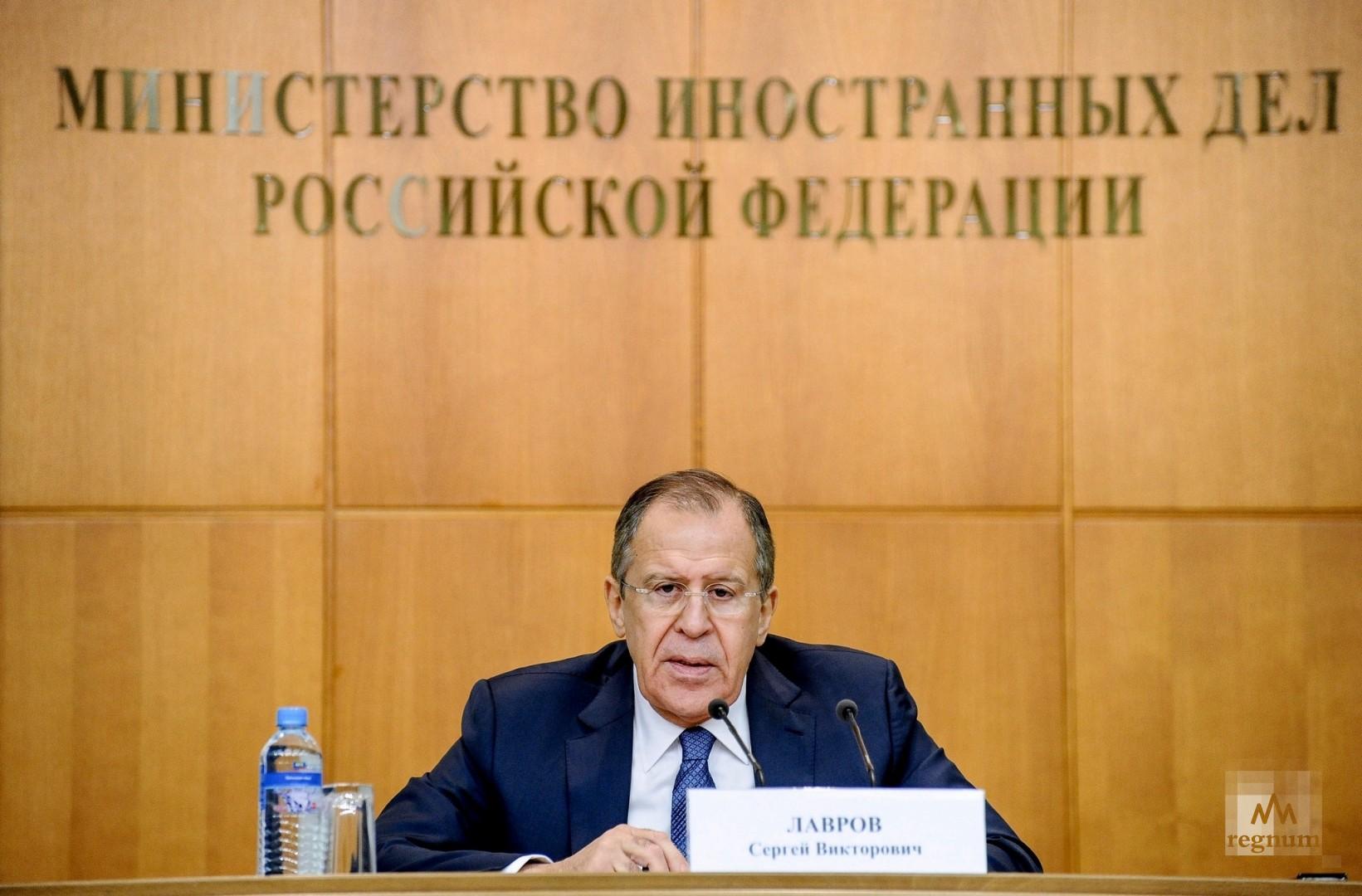 Лавров планирует посетить с официальным визитом Казахстан