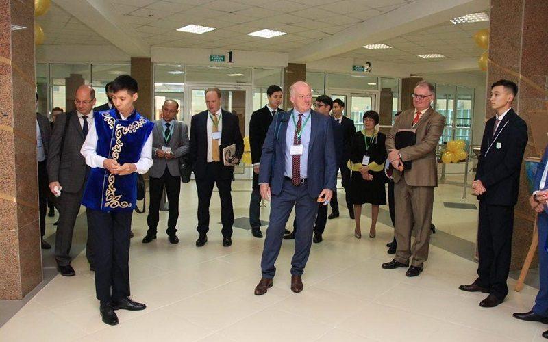 НИШ Костаная получила статус международной аккредитованной школы