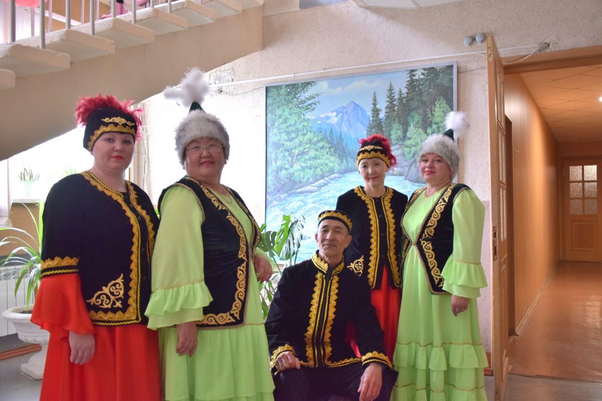 Челябинские казахи отметили День народного единства