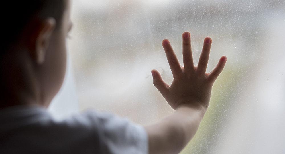 7-летний мальчик, упав с крыльца, погиб в Костанае