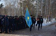 Кисет с землей с мест захоронения солдат Костанайской области, погибших в годы Великой Отечественной войны, передали Посольству России