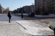 Жители седьмого микрорайона уже более десяти лет ждут автобус на улице под снегом и дождем