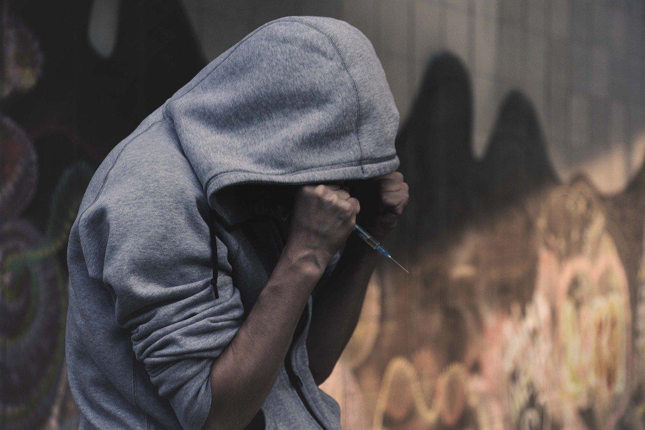 Сотни тысяч наркоманов насчитали в Казахстане. Смертность достигла невероятных масштабов