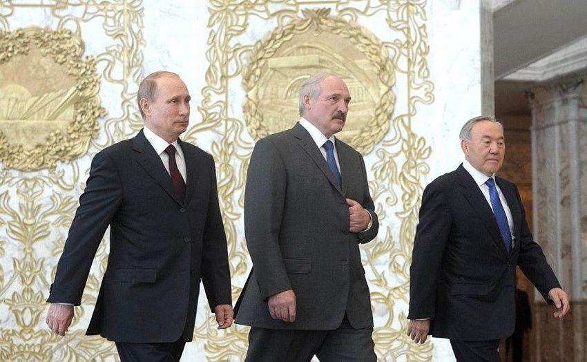 Лукашенко поручил начать переговоры по поставке нефти из Казахстана