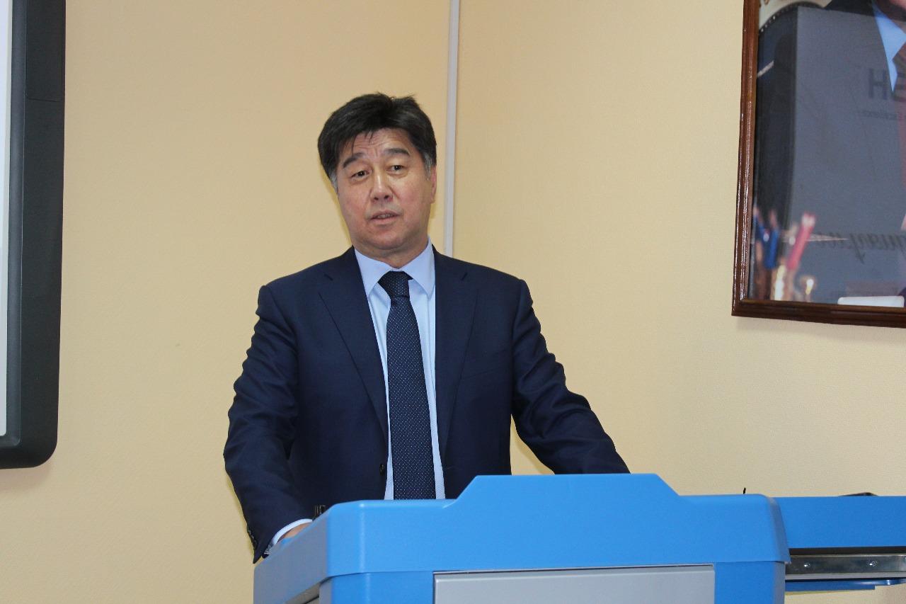 Алихан Байменов рассказал о значимой роли казахстанского опыта в развитии мировой теории управления