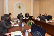 «Перестать давать взятки», — заявили общественники на конференции, посвященной Международному дню борьбы с коррупцией