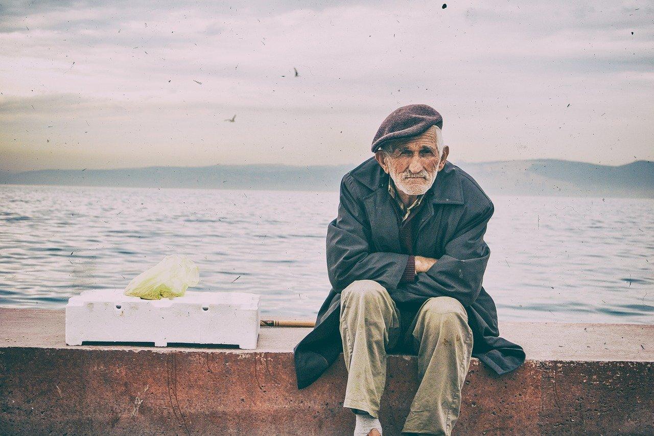 Минтруда прокомментировало информацию о снижении пенсионного возраста в РК