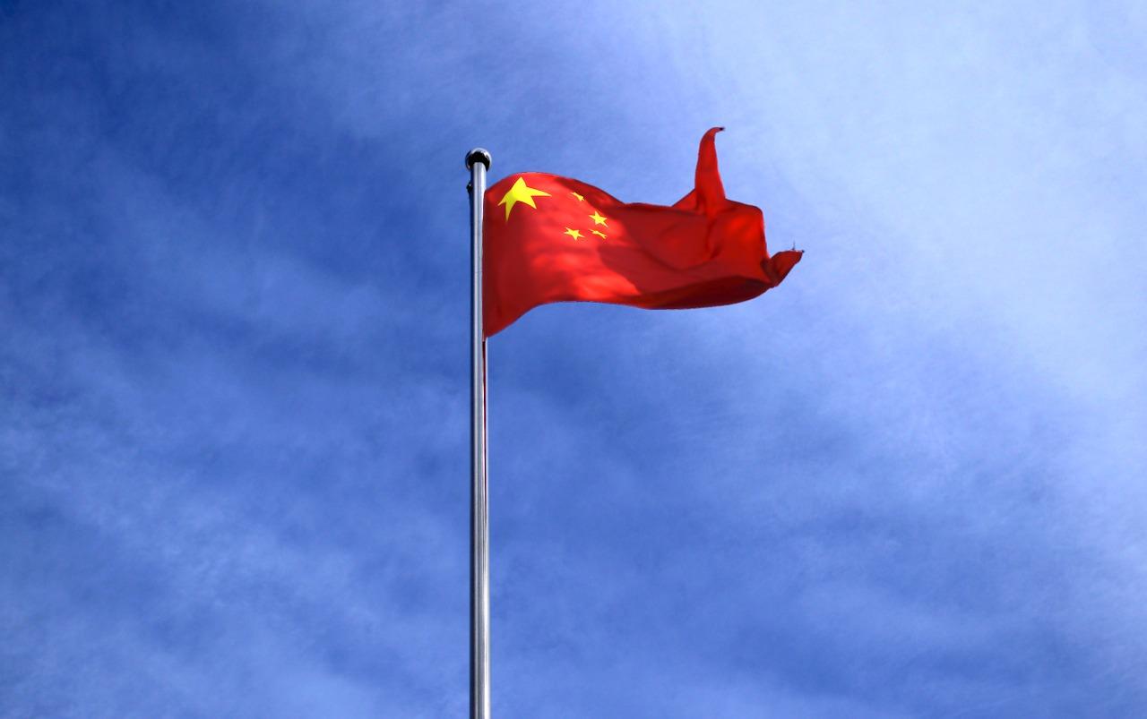 В Китай больше не ходят поезда, не летают самолеты и не ездят автобусы