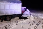 КамАЗ из Казахстана раздавил легковушку с людьми под Челябинском