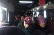 На границе задержали автобус, везший мигрантов на летней резине