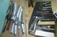 В Казахстан пытались незаконно ввезти партию японских мечей