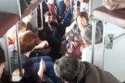 На переполненные вагоны пожаловались пассажиры поезда Житикара-Костанай