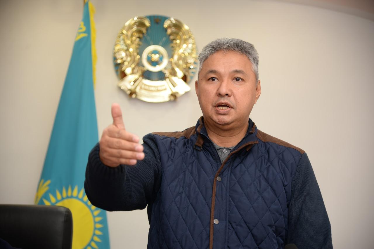 Депутат Мажилиса Парламента Республики Казахстан Азат Перуашев поздравил жителей города Тобыл с новым статусом
