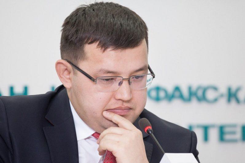 Советник Токаева обвинил Нурымбетова и Дуйсенову в некомпетентности и покинул рабочую группу