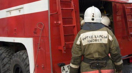 В Казахстане россиянка родила дочь в пожарной машине
