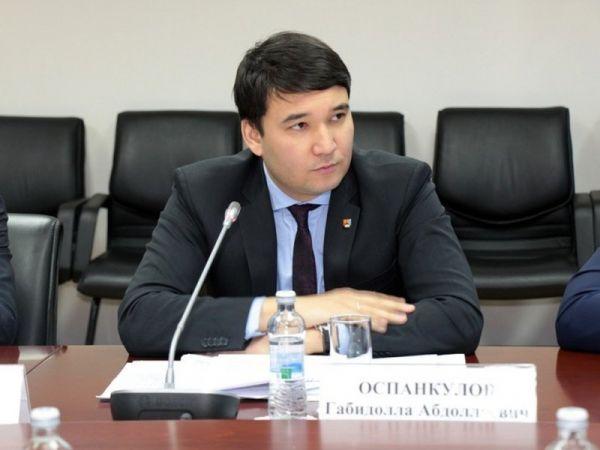 Просто повезло: в Казахстане вице-министр выиграл квартиру