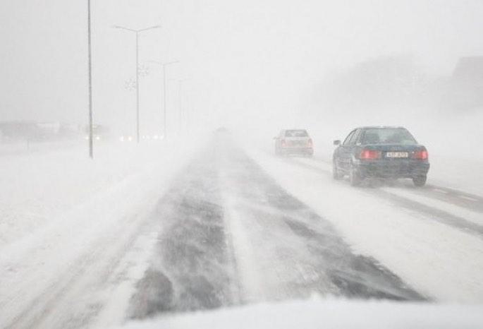 16 участков трасс закрыты в Костанае из-за метели