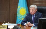 Чувствуют себя князьками — Сапарбаев раскритиковал директоров школ Жамбылской области