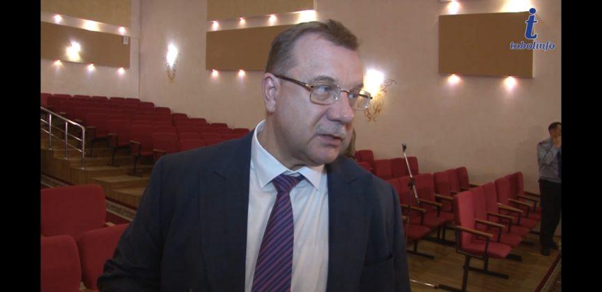 Руководитель управления здравоохранения области Вячеслав Дудник прокомментировал дефицит медицинских повязок (видео)