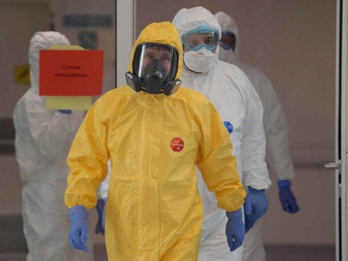 Всех участников встреч с Путиным заранее проверяют на коронавирус