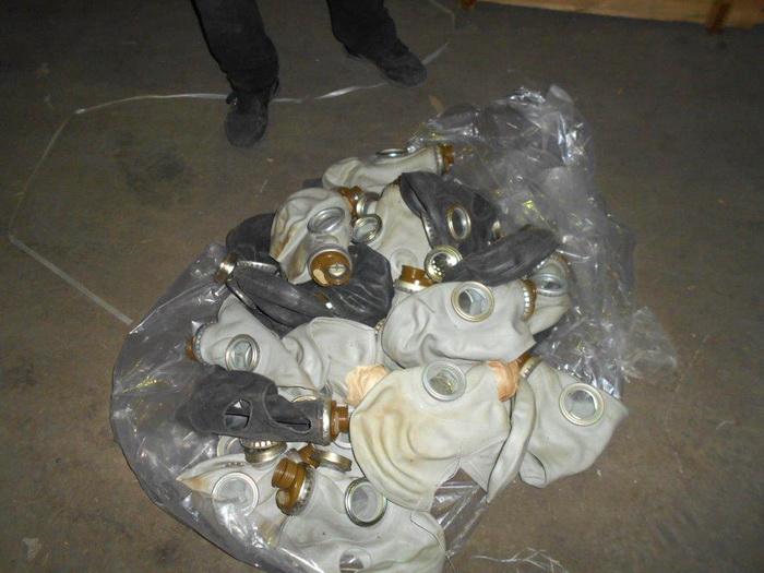 В Казахстан пытались вывезти противогазы и медицинские маски