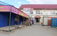 Многие предприниматели продолжают торговать на Складской, игнорируя постановление санврача области