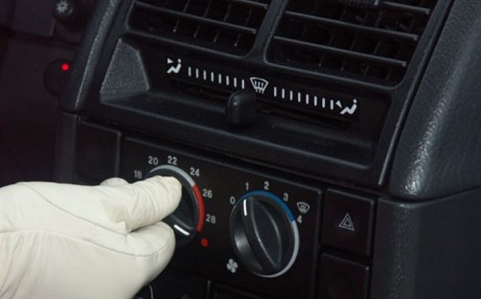 Сотрудники санитарных постов призывают автомобилистов не перегревать салон транспортного средства