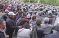 В Казахстане внесут изменения в закон о митингах