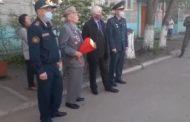 Воинская часть Костаная поздравила ветеранов Великой Отечественной войны
