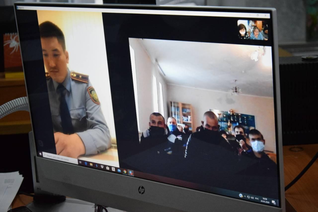 Правозащитники Костанайской области вынуждены в режиме онлайн поддерживать связь с заключенными