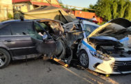 Пьяный водитель протаранил блокпост в Алматы, погиб полицейский