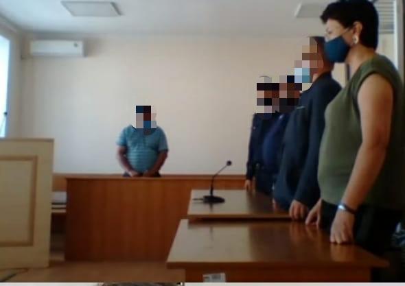К трем с половиной годам лишения свободы приговорили экс-начальника отдела строительства Костаная