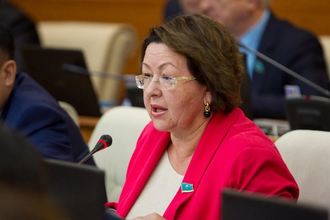 Депутат Ирина Смирнова: Минздраву пора понять, что он не справляется