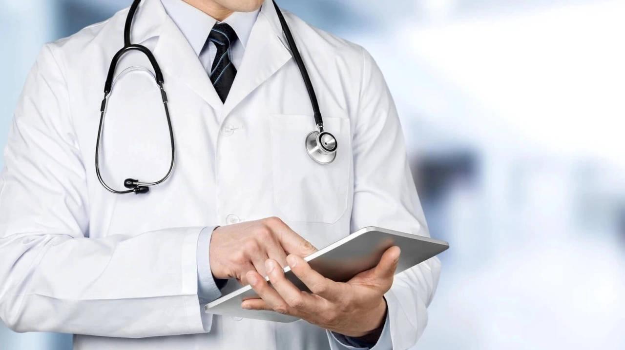 Во сколько обходится лечение одного больного COVID-19 и пневмонией?