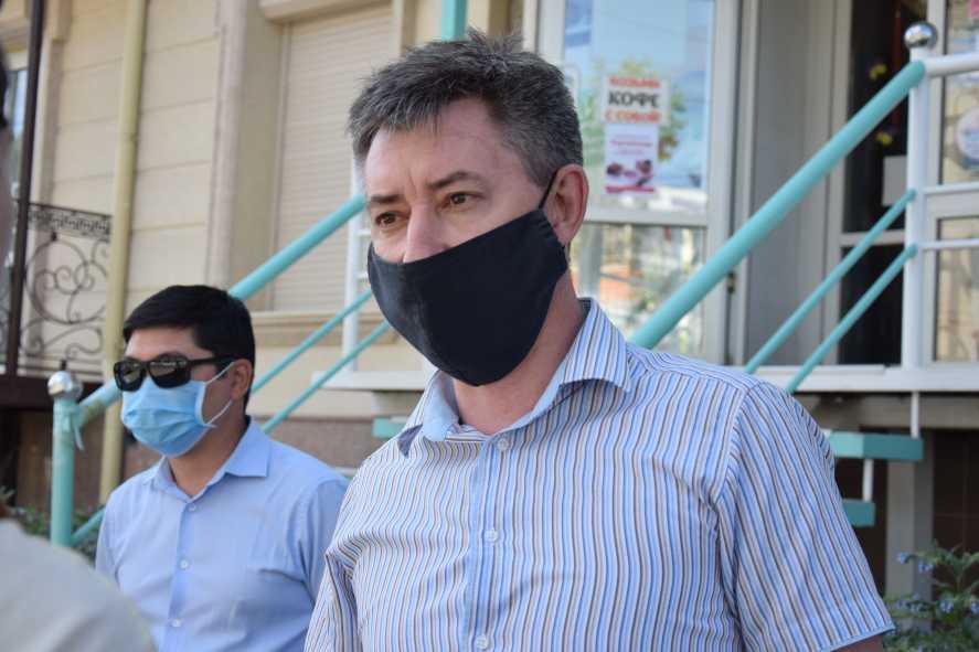 Заместитель акима города Андрей Финк написал заявление об увольнении