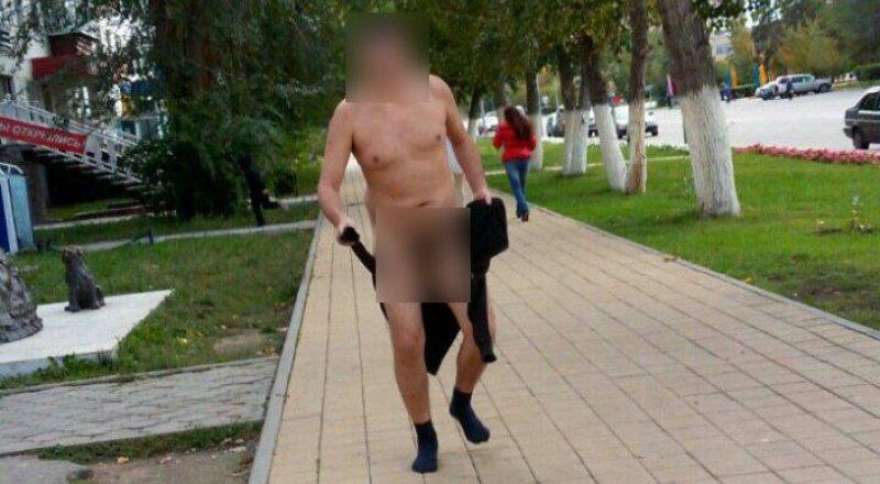 Голого мужчину задержали на улице в Лисаковске