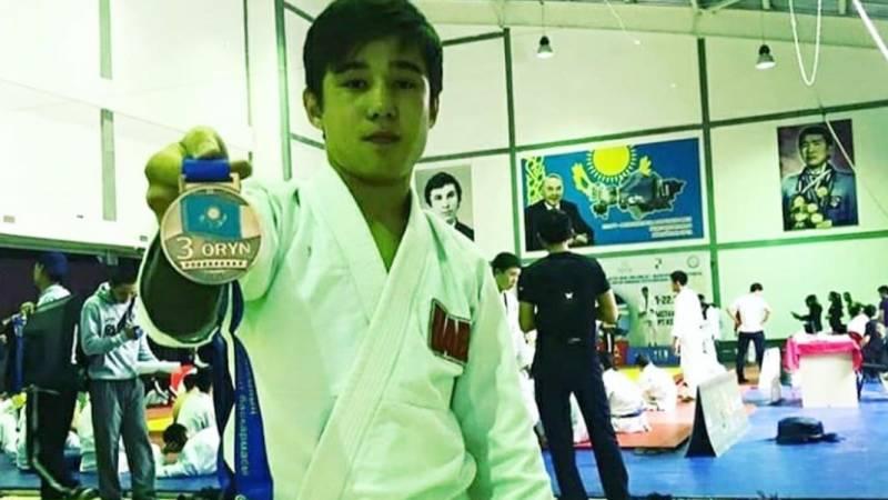 18-летний чемпион Азии по грепплингу убит выстрелом в сердце в Атырау