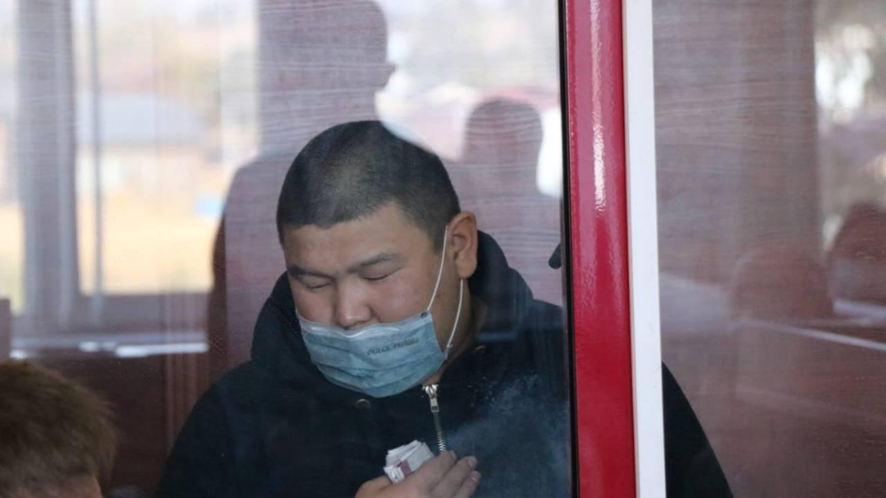 Экс-полицейский не помнит, как совершил ДТП на блокпосту в Алматы