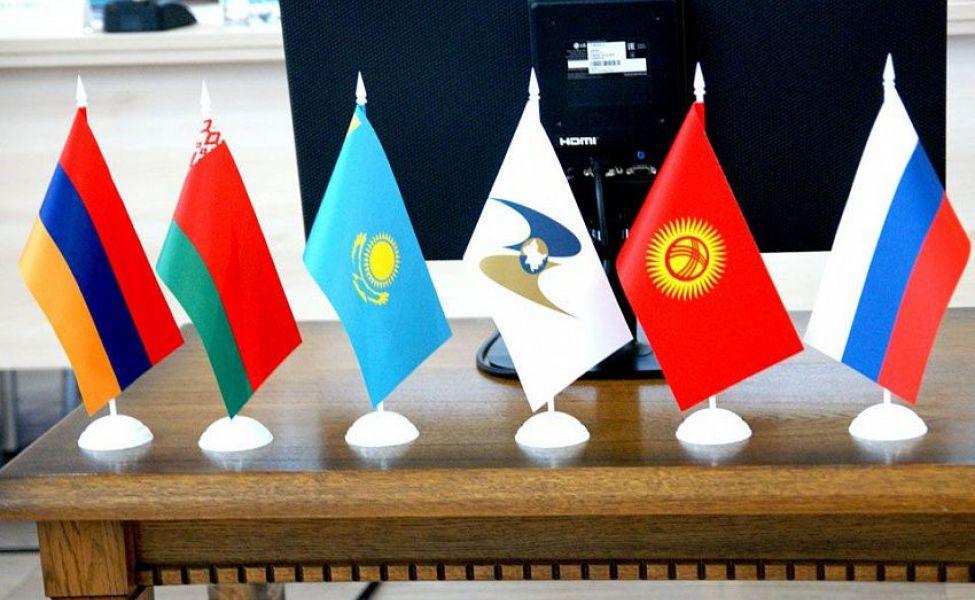 Торговля Казахстана со странами ЕАЭС снизилась на 11%