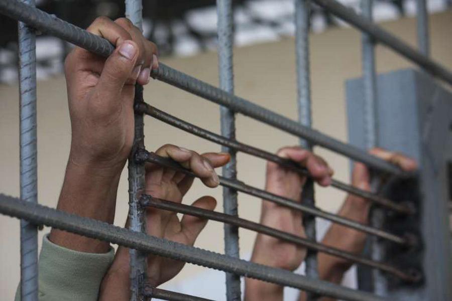 За пытки осужден бывший заместитель начальника Кушмурунской колонии