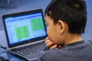 За непосещение занятий онлайн оштрафовали родителей школьника