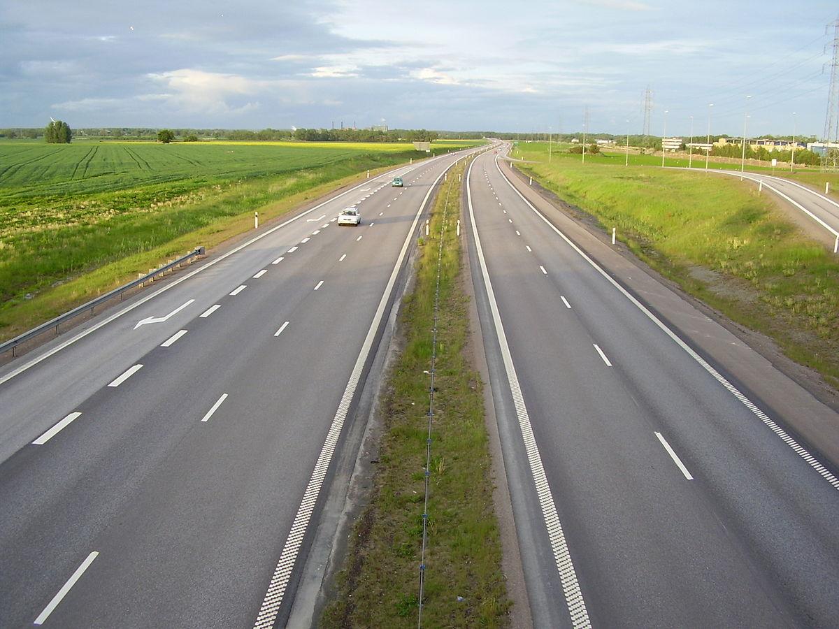В 2021 году платными станут 6500 км дорог