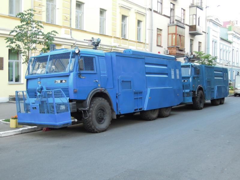 В Петропавловске объявили лот на покупку автомобиля с водомётом для разгона толпы