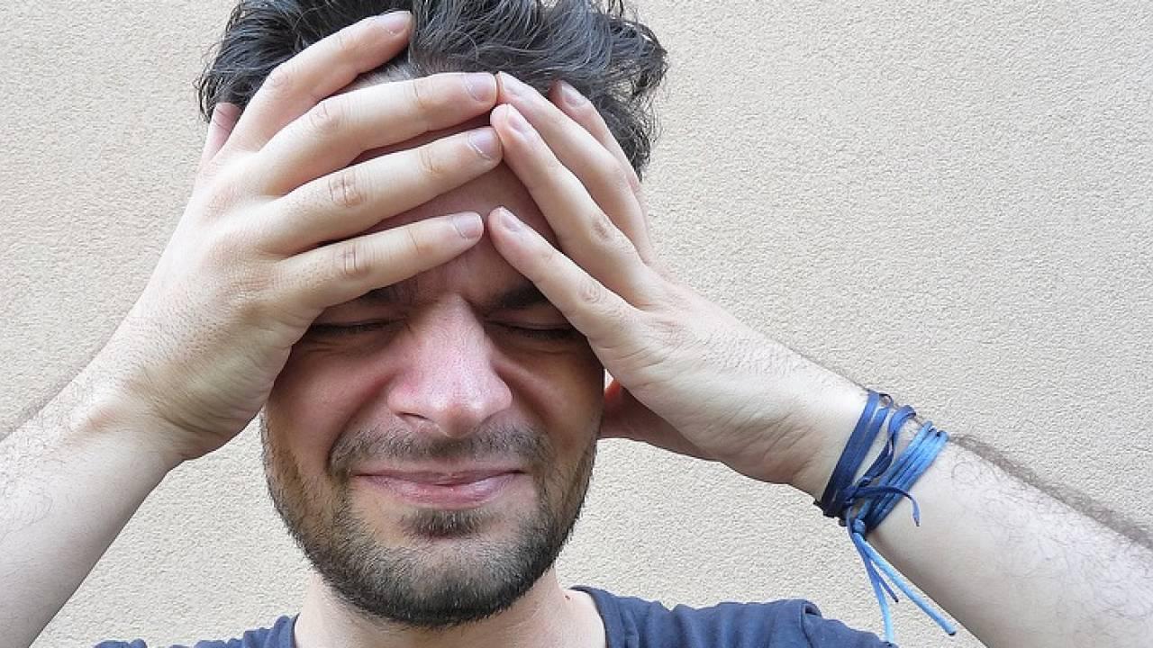 Названа частая ошибка при головной боли