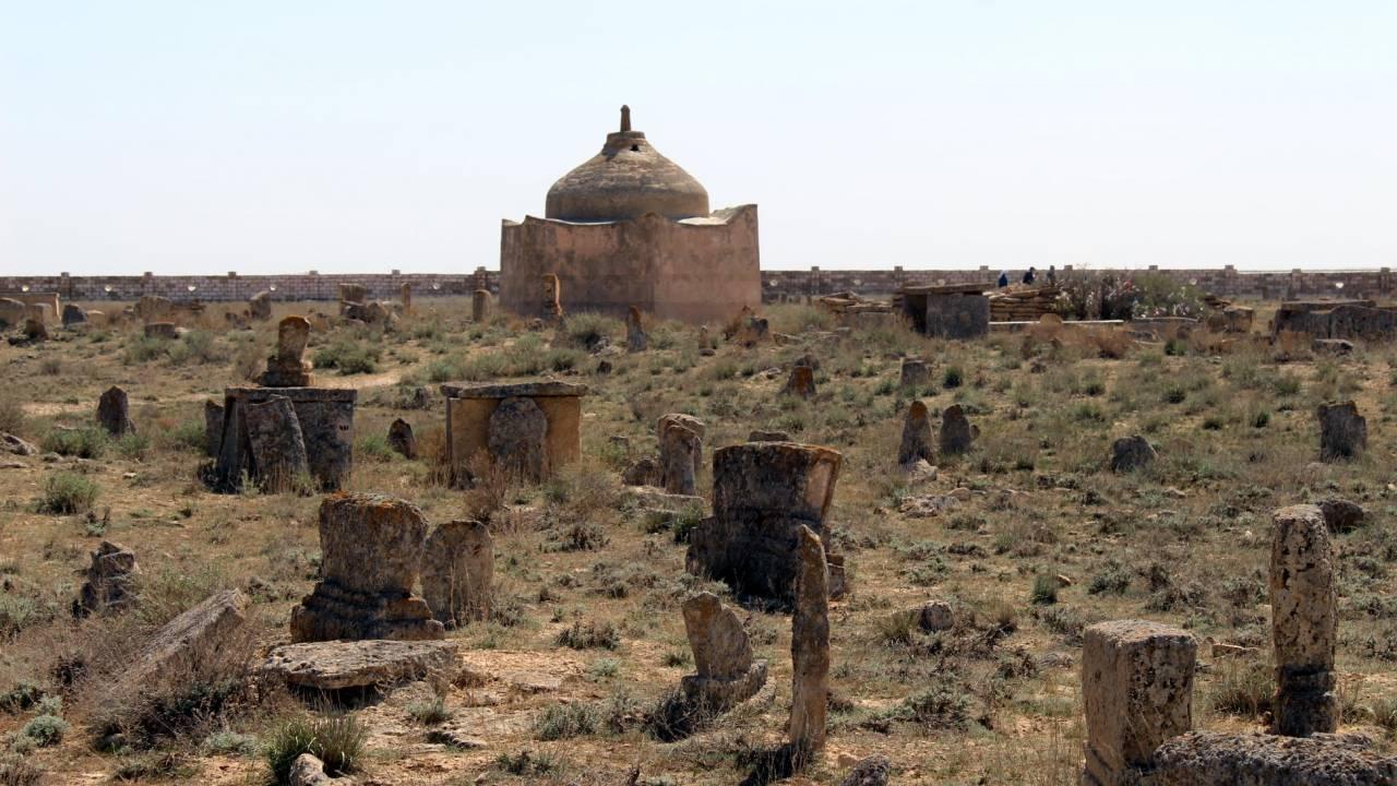 «Город мертвых» в степях Казахстана